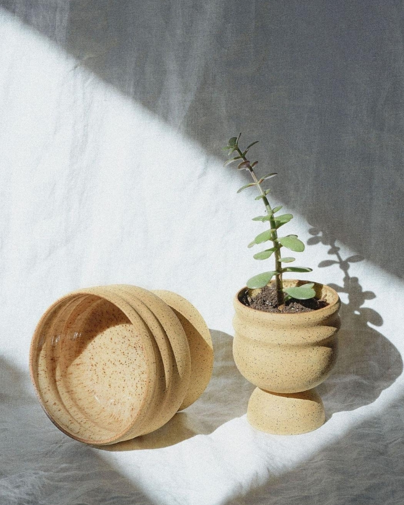 Stoneware Trophy Planter Pot from AOK Supply