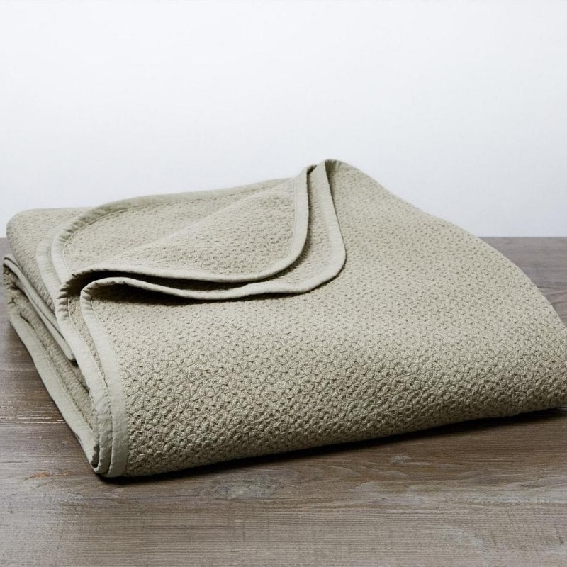 organic baby blanket made from 100% organic toxic-free cotton