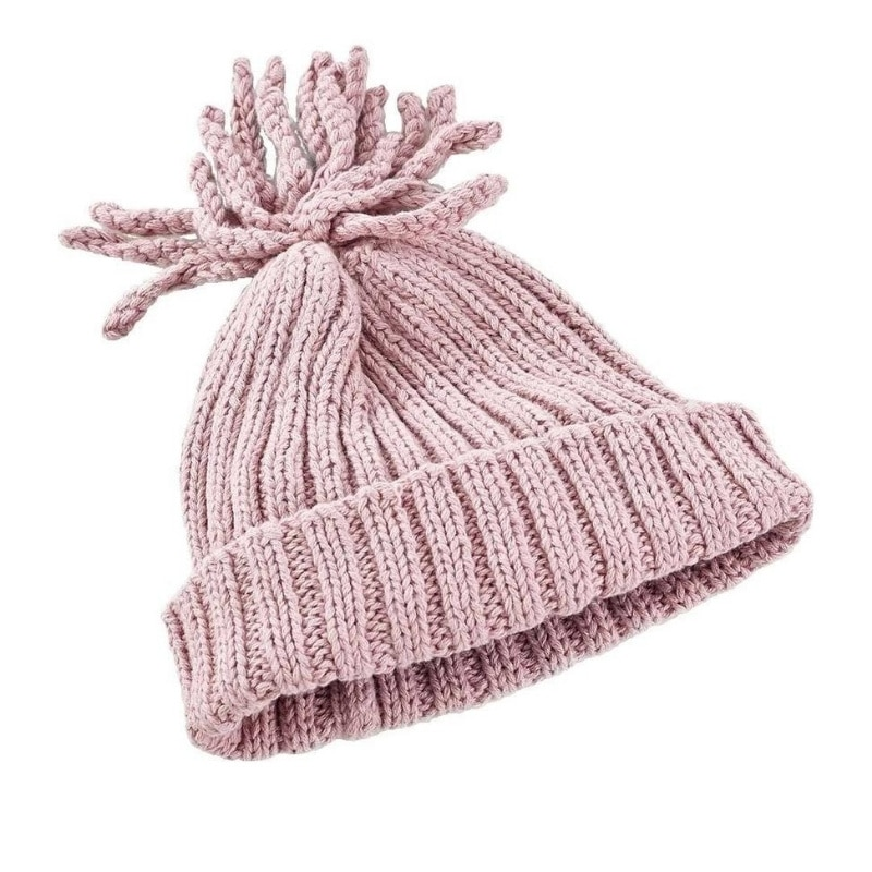 hand-knit organic cotton hat in dusky pink