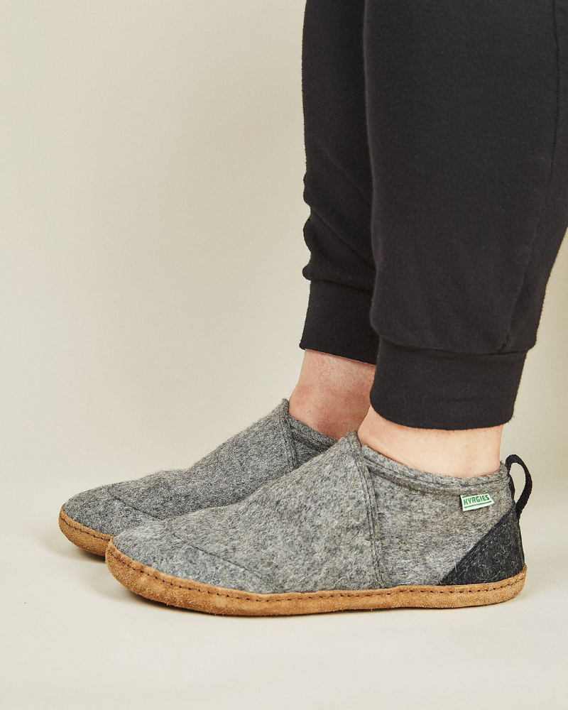 Kyrgies Gray Wool Slippers