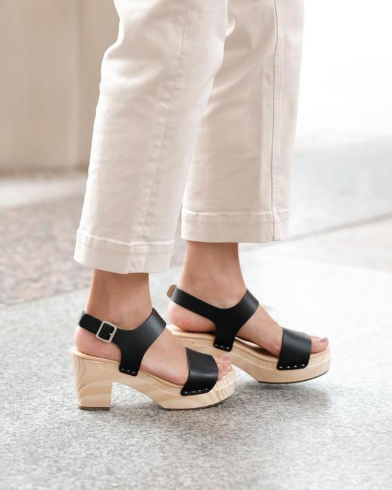 all-day open toe clog