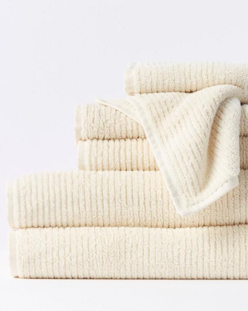 White ribbed towels