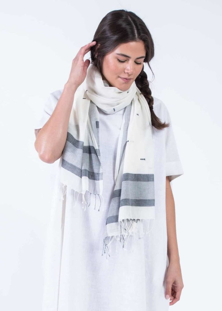 Bloom Give Diti Scarf Bw Scarves