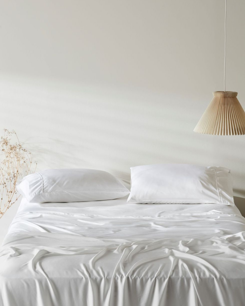 White Lycell bed sheets